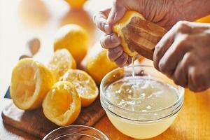 اسید سیتریک از افزودنی های غذایی