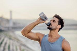 کلسیم کلراید در نوشیدنی ورزشکاران چه کارایی دارد؟