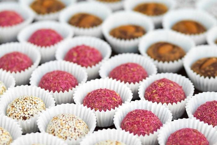 سوکرآلوز در آبنبات، شکلات و آدامس